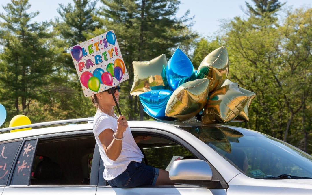 WCS Celebrates the Class of 2020 with Drive-Thru Parade